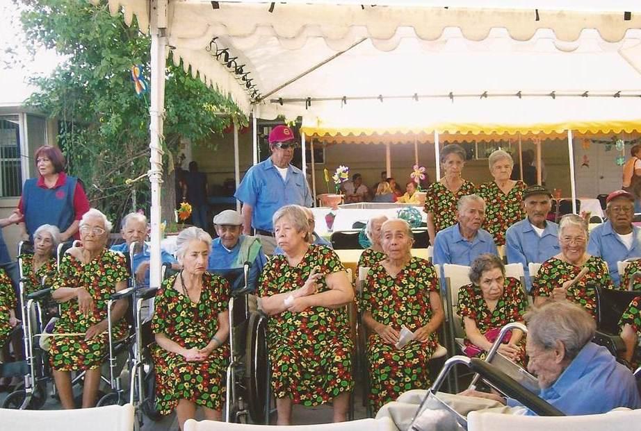 Asilo de ancianos de monclova a c redes osc coahuila for Asilos para ancianos